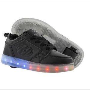 Heelys Youth Sz 1 Premium Lo 1 Light up Skate Shoe